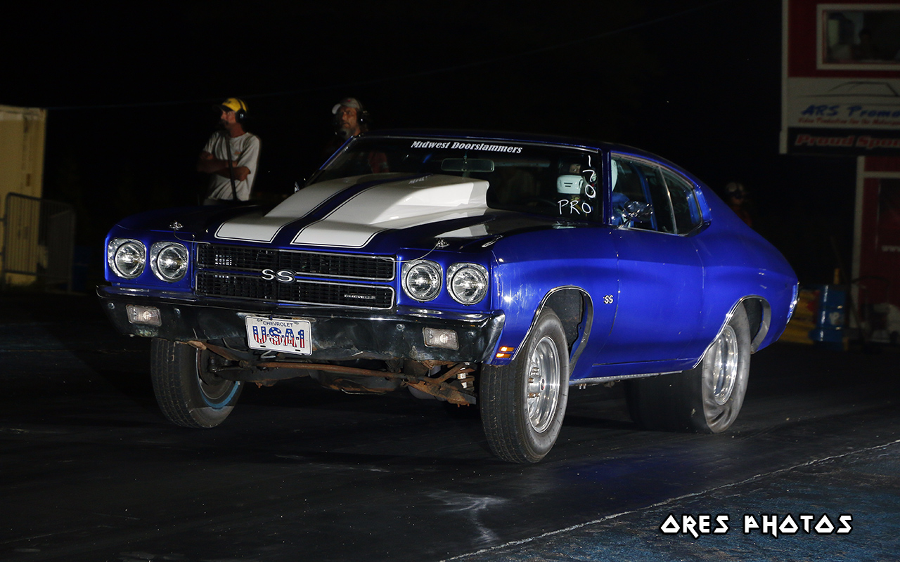 1958 Chevy Chevelle – The Midwest Gassers / The Midwest Doorslammers